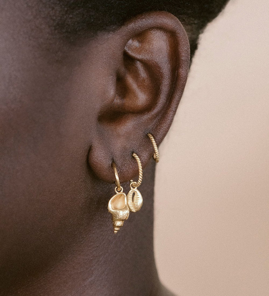 CONCH SHELL HOOPS (18K-ROSE GOLD-PLATED)