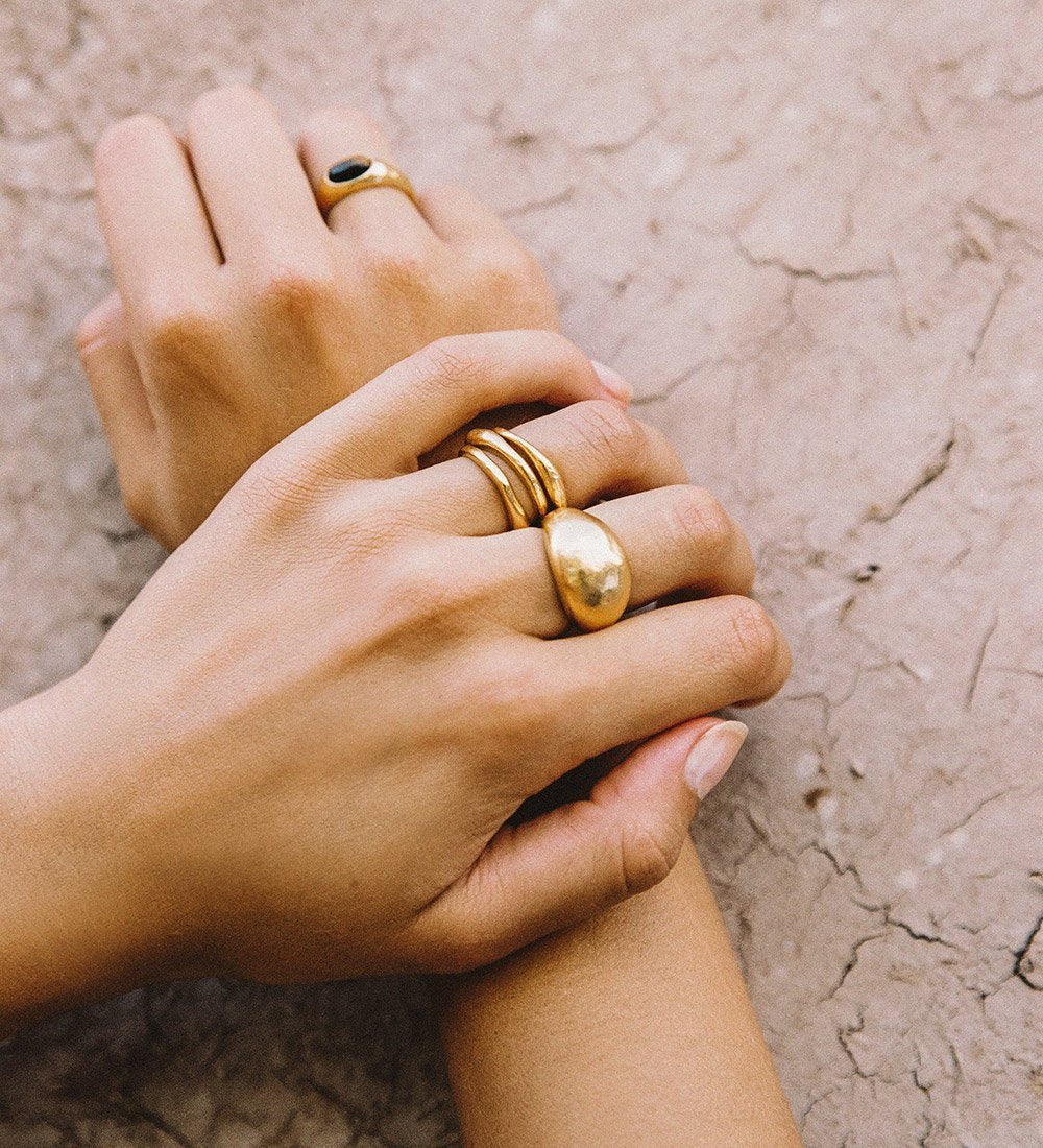 GOLDEN LIGHT STACKING RING (STERLING SILVER)