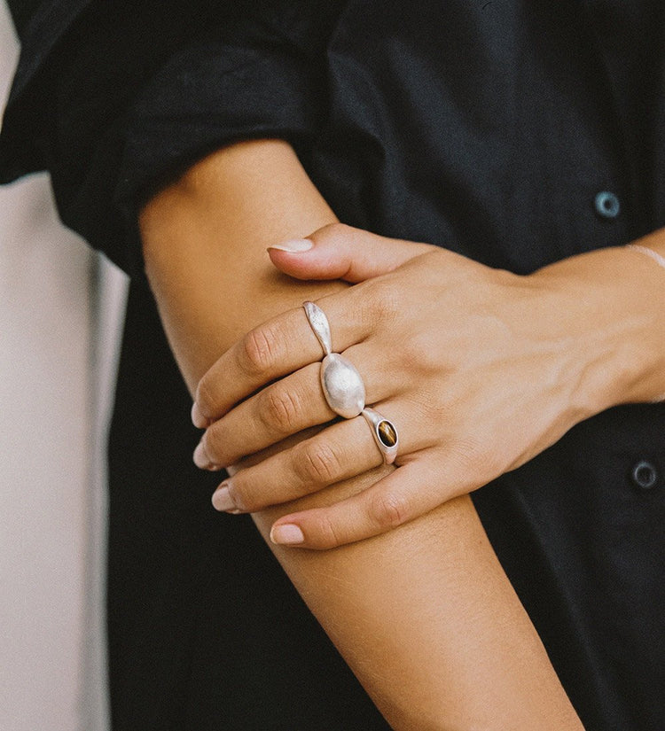 GOLDEN LIGHT DOME RING (STERLING SILVER)
