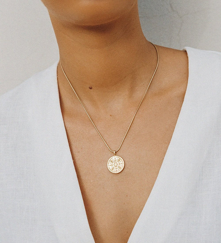 HAMSA PROTECTION COIN (18K-GOLD-VERMEIL)