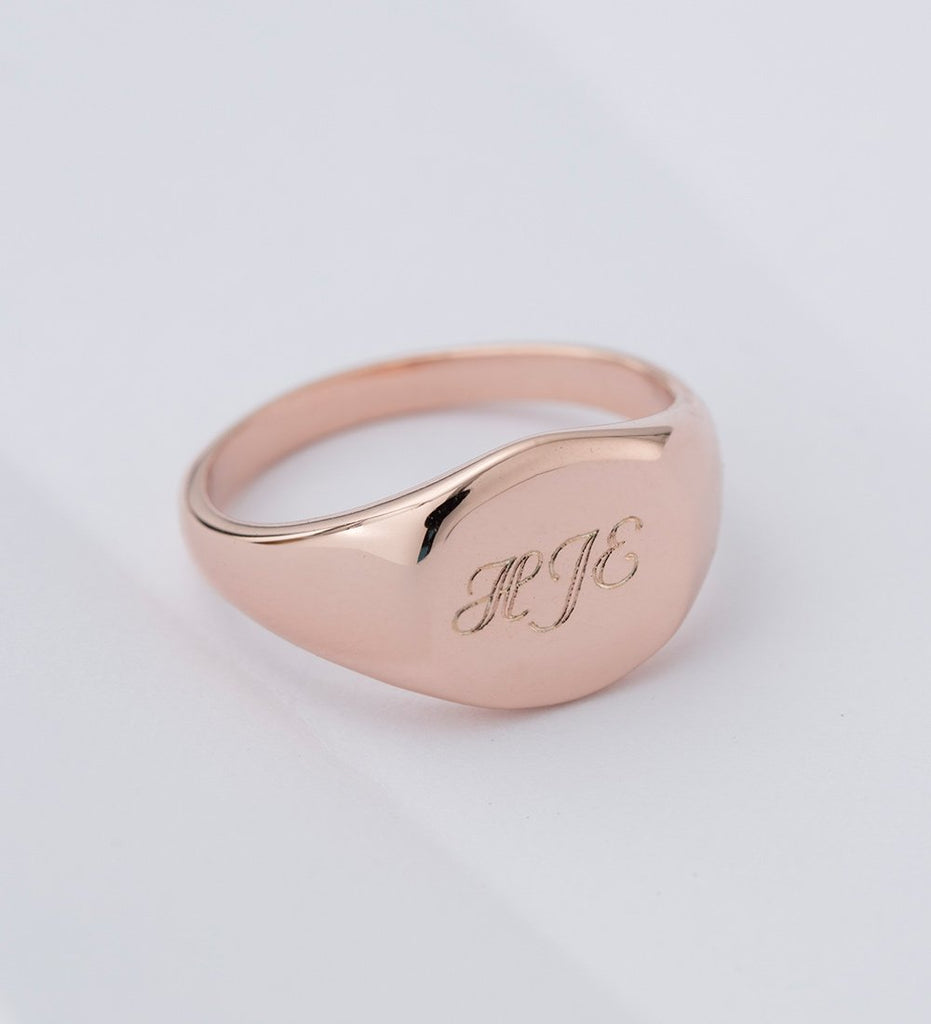 ENGRAVABLE SIGNET RING (STERLING SILVER)