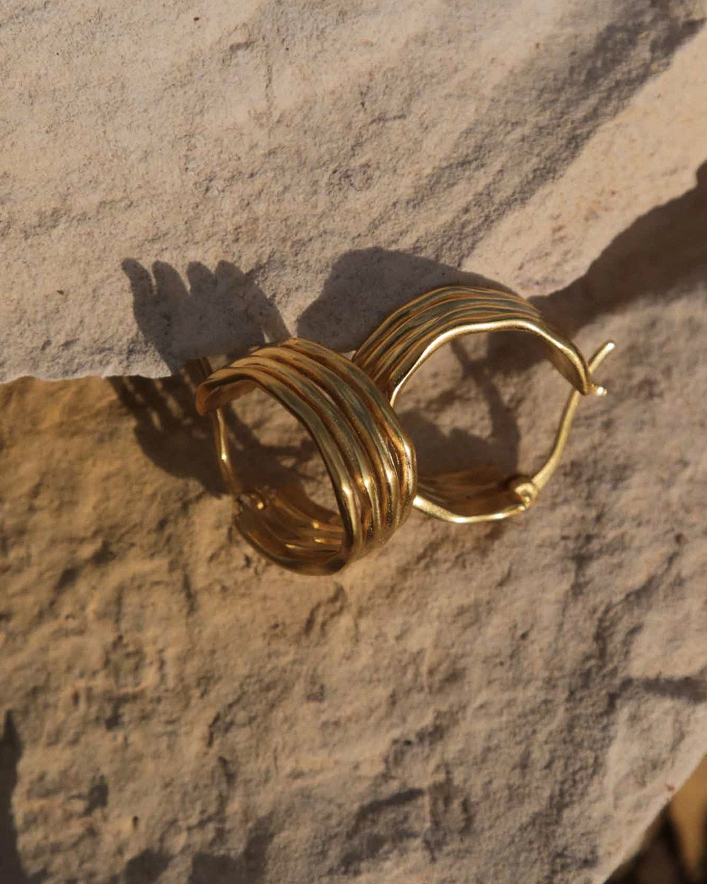 BOTANICA HOOPS (18K-GOLD-PLATED)