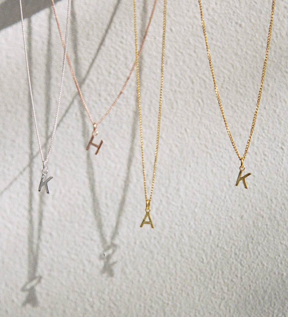 OUTLINE INITIAL NECKLACE A-Z (STERLING SILVER)