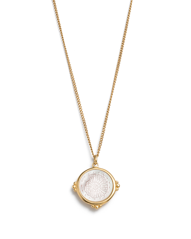 FOSSIL SHELL NECKLACE (18K-GOLD-VERMEIL)