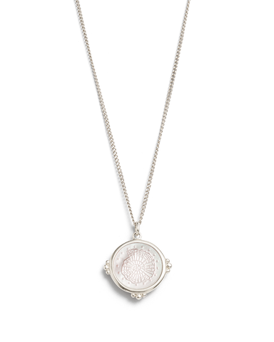 FOSSIL SHELL NECKLACE (STERLING SILVER) 01