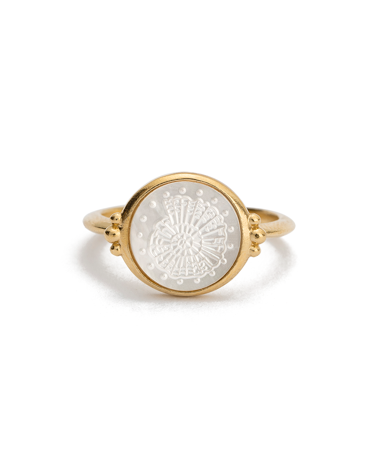 FOSSIL SHELL RING (18K-GOLD-VERMEIL)