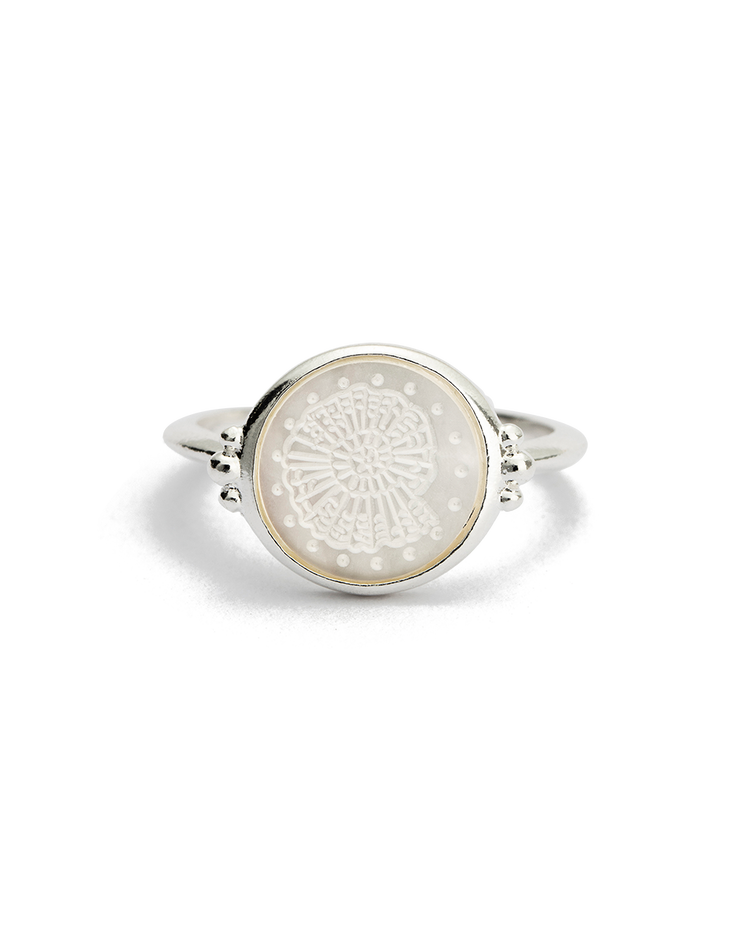 FOSSIL SHELL RING (STERLING SILVER)