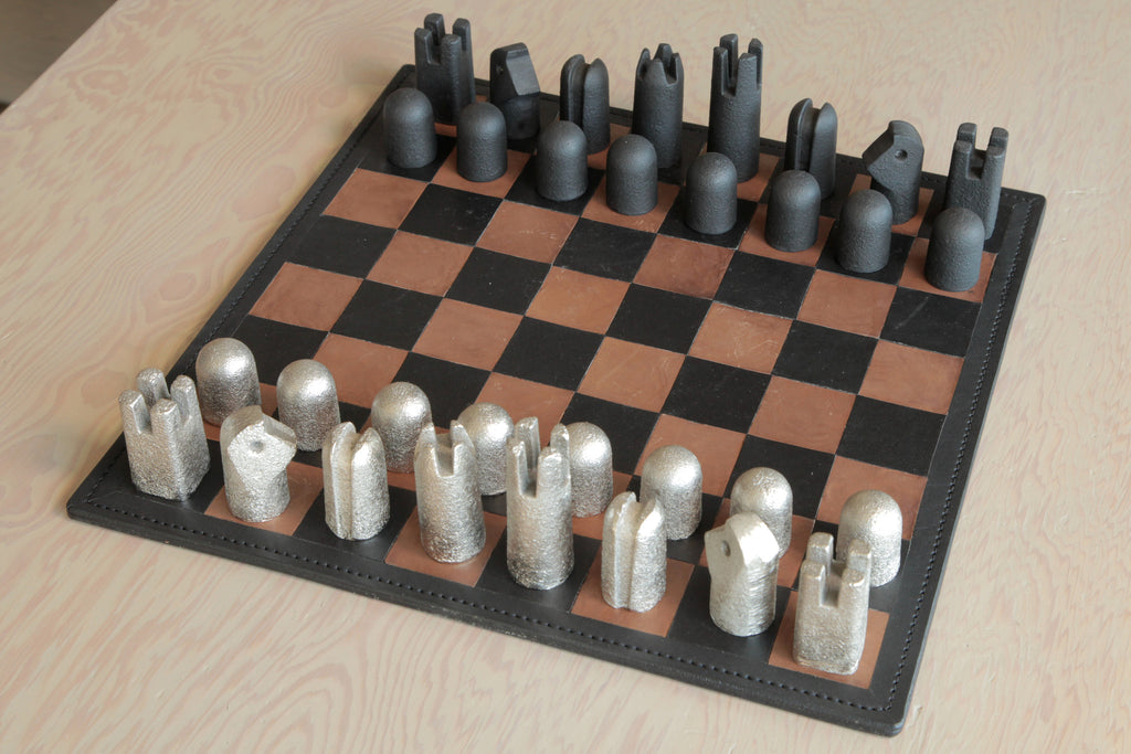 Carl Aubock Modernist Chess Set | OK