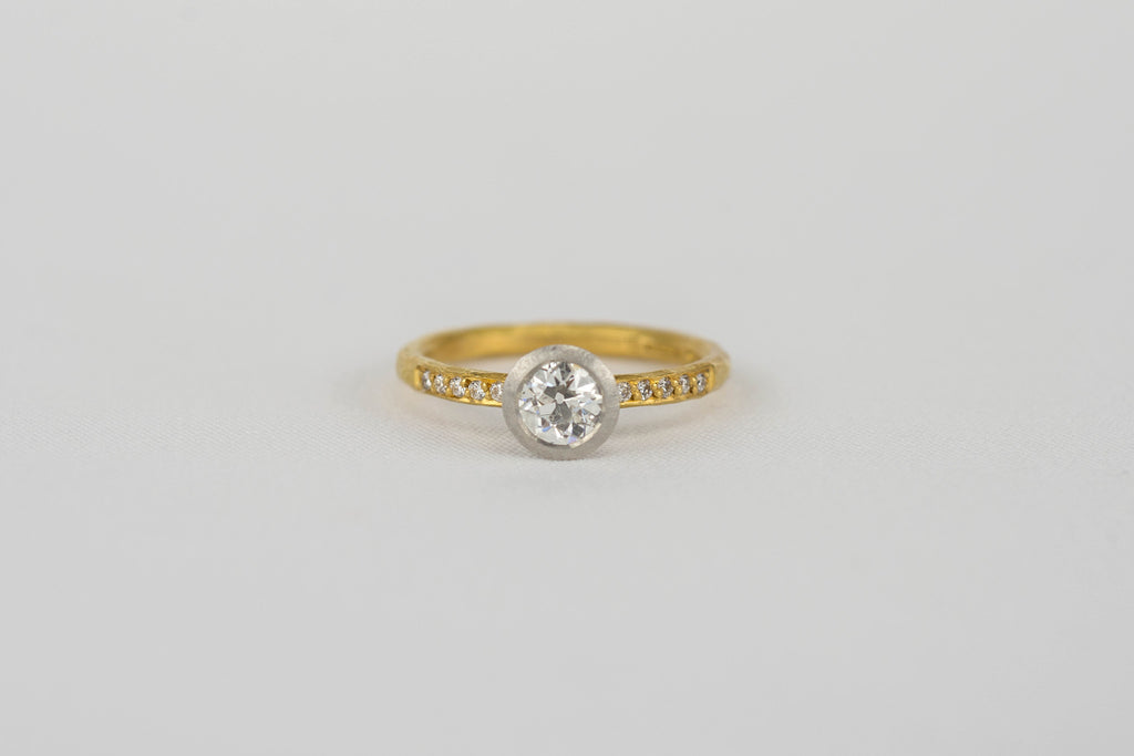 <small>Malcolm Betts</small><br>Old Cut Diamond Ring