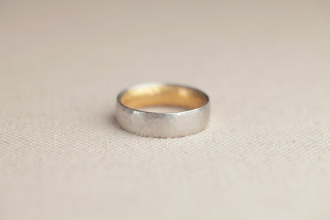 Malcolm Betts 6mm Hammered Band | OK