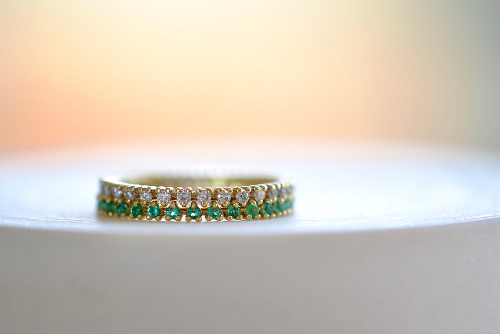 Load image into Gallery viewer, ILA Reed Ring Band with Green Emeralds or white Diamonds three prong set brilliant round cut 14k yellow sustainable gold sparkle