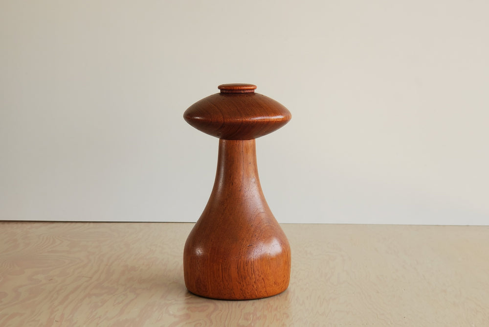 Load image into Gallery viewer, Vintage Dansk Salt Shaker & Pepper Mill Combination