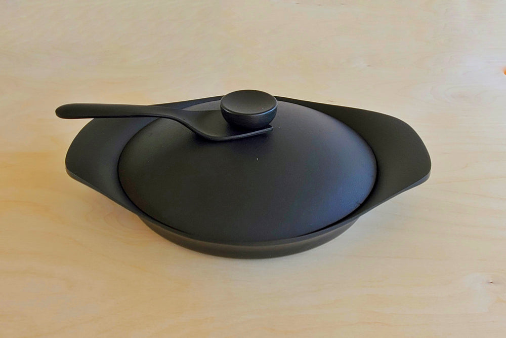 Load image into Gallery viewer, Sori Yanagi Cast Iron Grill Pan