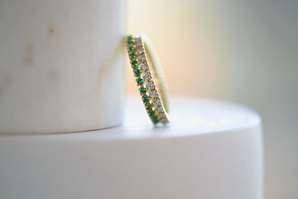 ILA Reed Ring Band with Green Emeralds or white Diamonds three prong set brilliant round cut 14k yellow sustainable gold sparkle