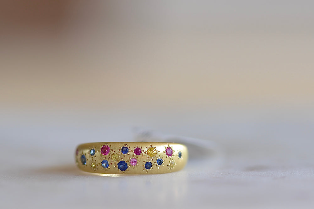 Tapered Multicolor Sapphire Band
