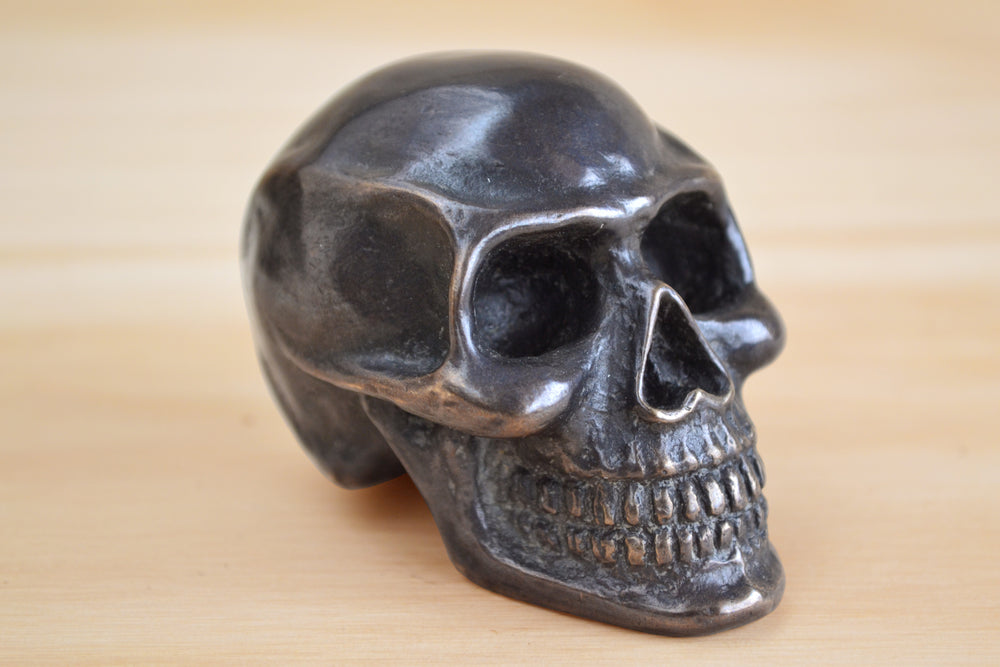"Load image into Gallery viewer, Bronze Object ""Skull"""