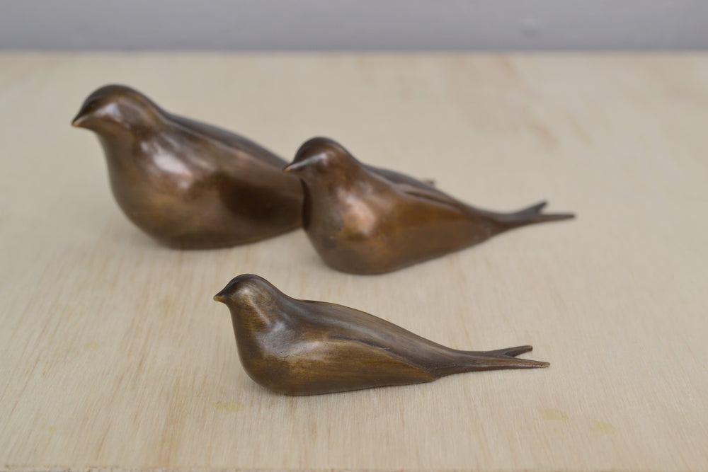 "Load image into Gallery viewer, Bronze Objects ""Swallows"""