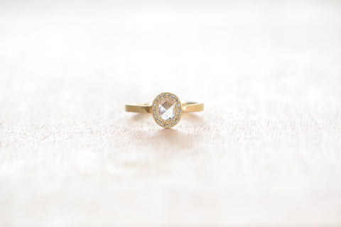 <small>Jennifer Dawes</small><br>White Diamond Ring