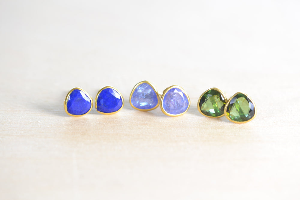 Load image into Gallery viewer, Pippa Small Classic Stud studs Lapis Tanzanite Green Tourmaline earrings 18k Yellow Gold