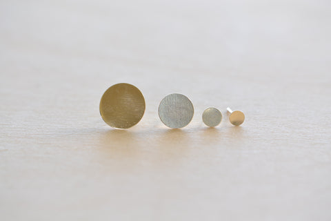 <small>Kathleen Whitaker</small><br>Dot Studs