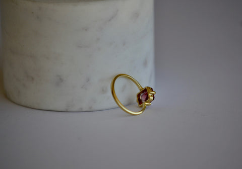 <small>Elizabeth Street</small><br>Pink Eagle Claw Tourmaline Ring