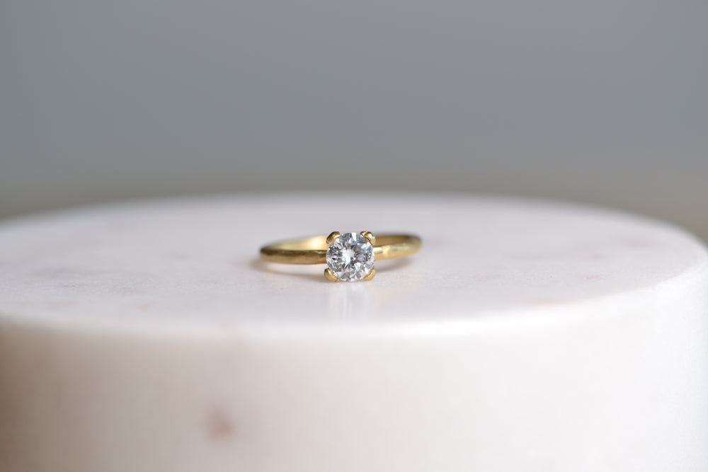 Solitaire Prong Ring