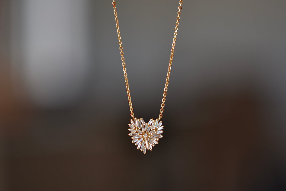Suzanne Kalan diamond heart necklace  baguettes and one round diamond on 18k yellow gold