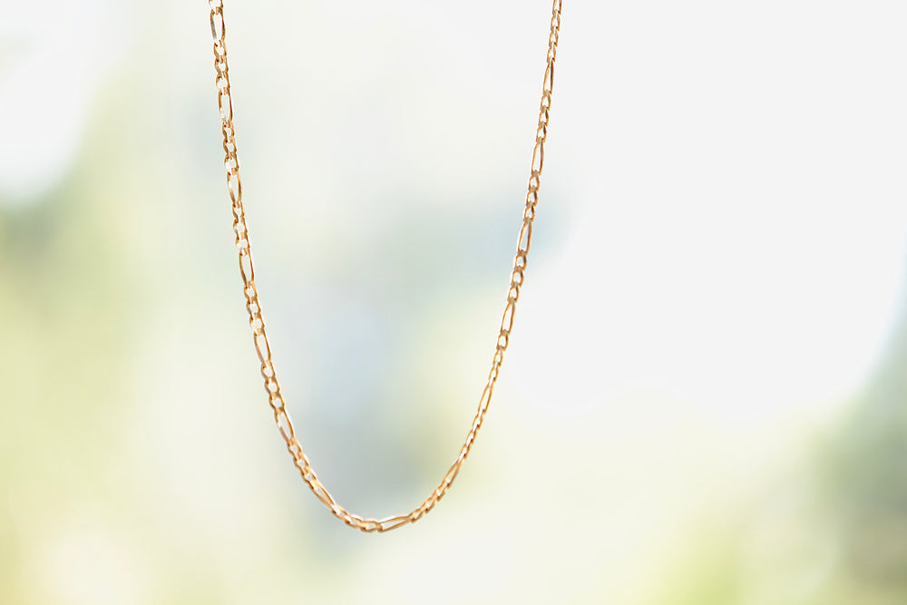 Load image into Gallery viewer, OK Chain Bar Figaro Chain 3mm 14k gold 18""