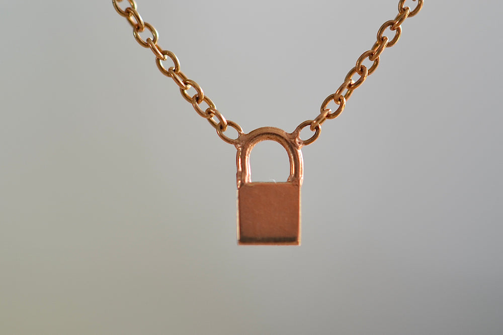 Zoe Chicco Itty Bitty 14k Padlock necklace recycled yellow gold on cable chain charm pendant