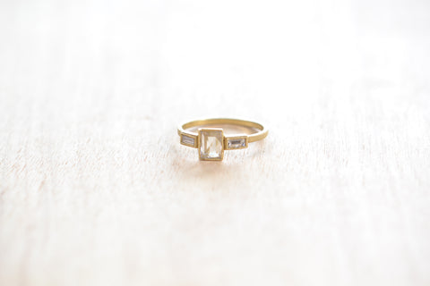 <small>Jennifer Dawes</small><br>Trio Blockette Diamond Band