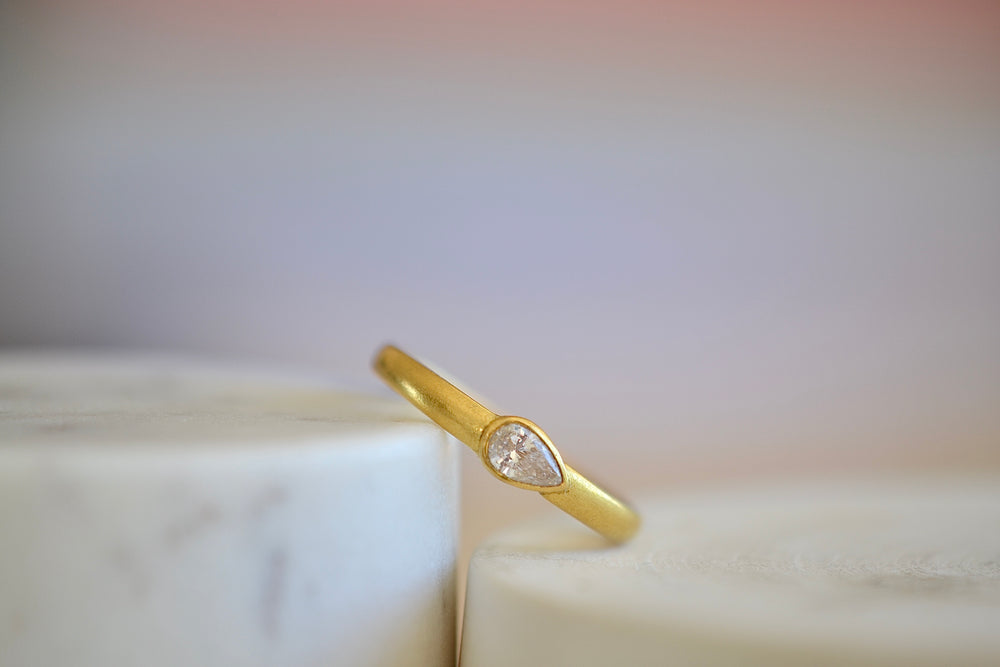 Tej Kothari White Diamond Ring 22k yellow gold brilliant cut teardrop one of a kind