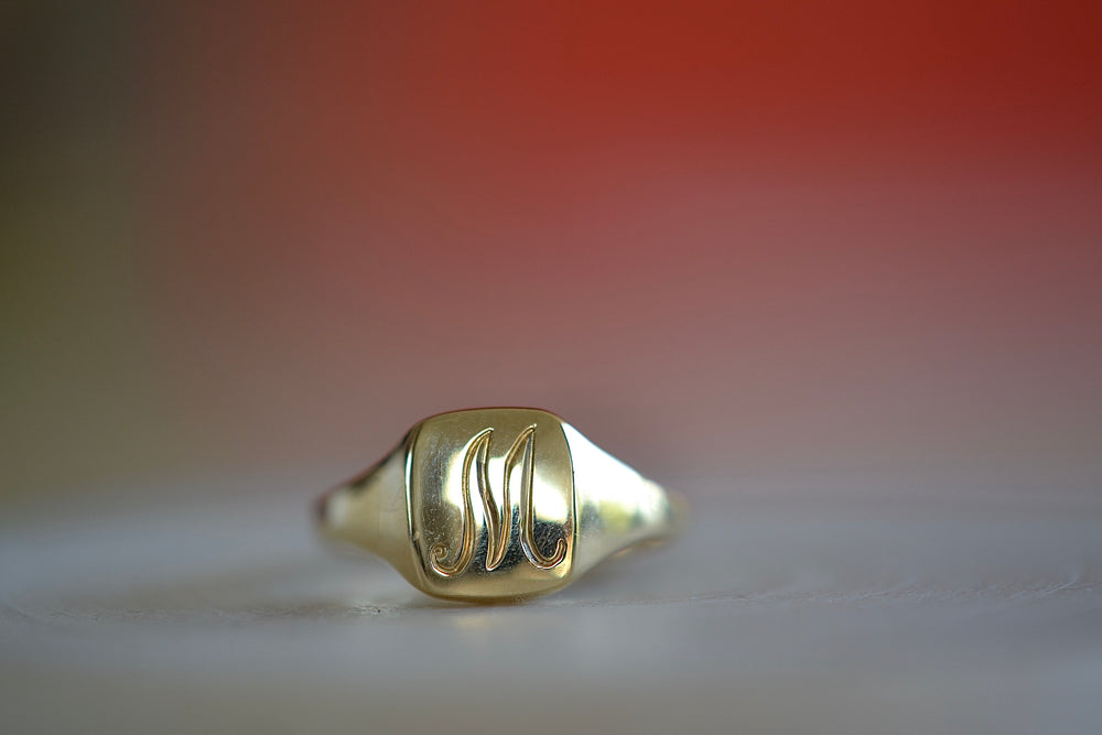 Vertical Mirror Signet Ring