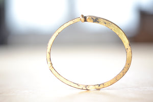Load image into Gallery viewer, Pat Flynn Super Dust Superdust Nail Bracelet Forged Blackened iron 22k Gold Dust, 18k gold hinge