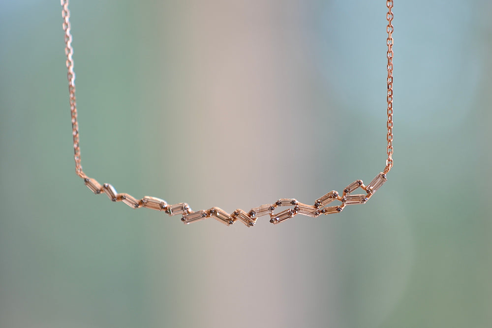Load image into Gallery viewer, Suzanne Kalan 18K Rose Gold Curved Bar necklace Champagne Baguettes