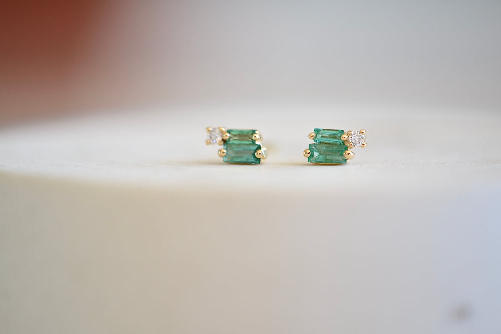 Load image into Gallery viewer, Suzanne Kalan Double Green Emerald Baguette with Diamond Stud Studs Earrings