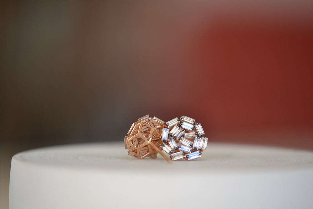 Load image into Gallery viewer, Suzanne Kalan Rhodium Prong Champagne Baguette Diamond Studs 18k Rose Gold Large Round Cluster baguette post