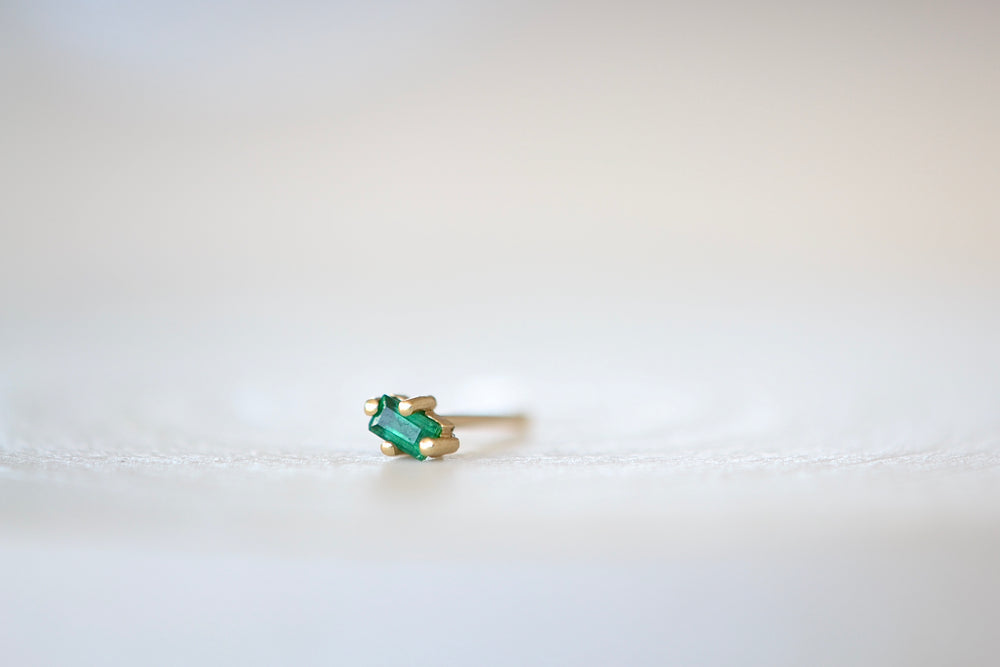 Single Diamond or Emerald Mini Stud Earrings