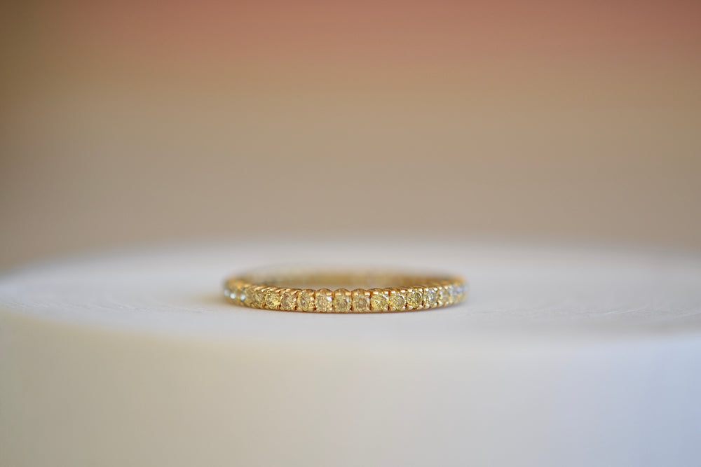 Sethi Couture The Prong Set Eternity Band 18k yellow gold 2mm Yellow diamonds