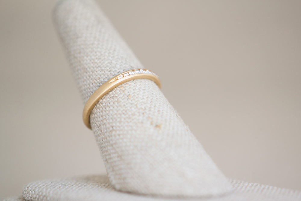 Gillian Conroy Tapered Diamond Band Half eternity 18k yellow gold | OK
