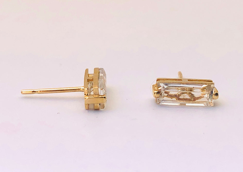 Suzanne Kalan 14k Yellow Gold Large Single Baguette Studs