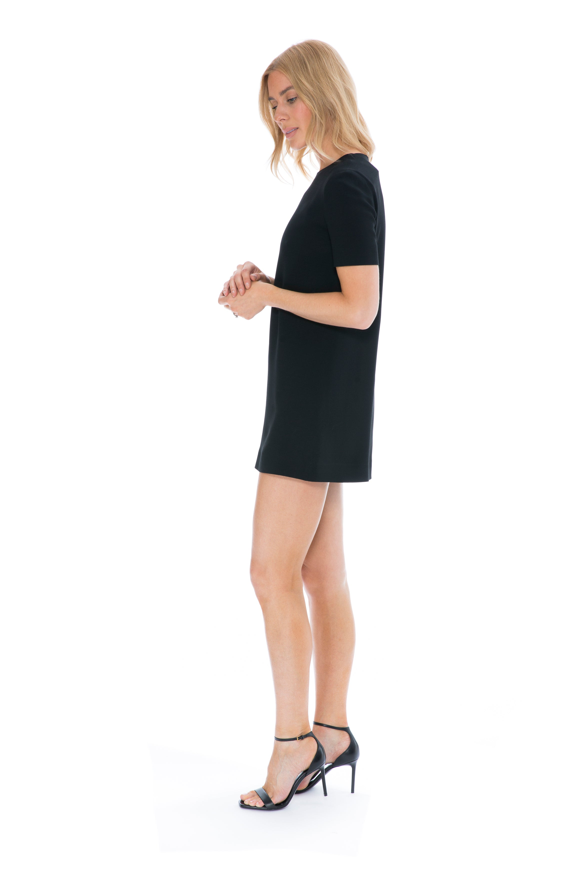 SHORT SLEEVE BLACK SHIFT DRESS
