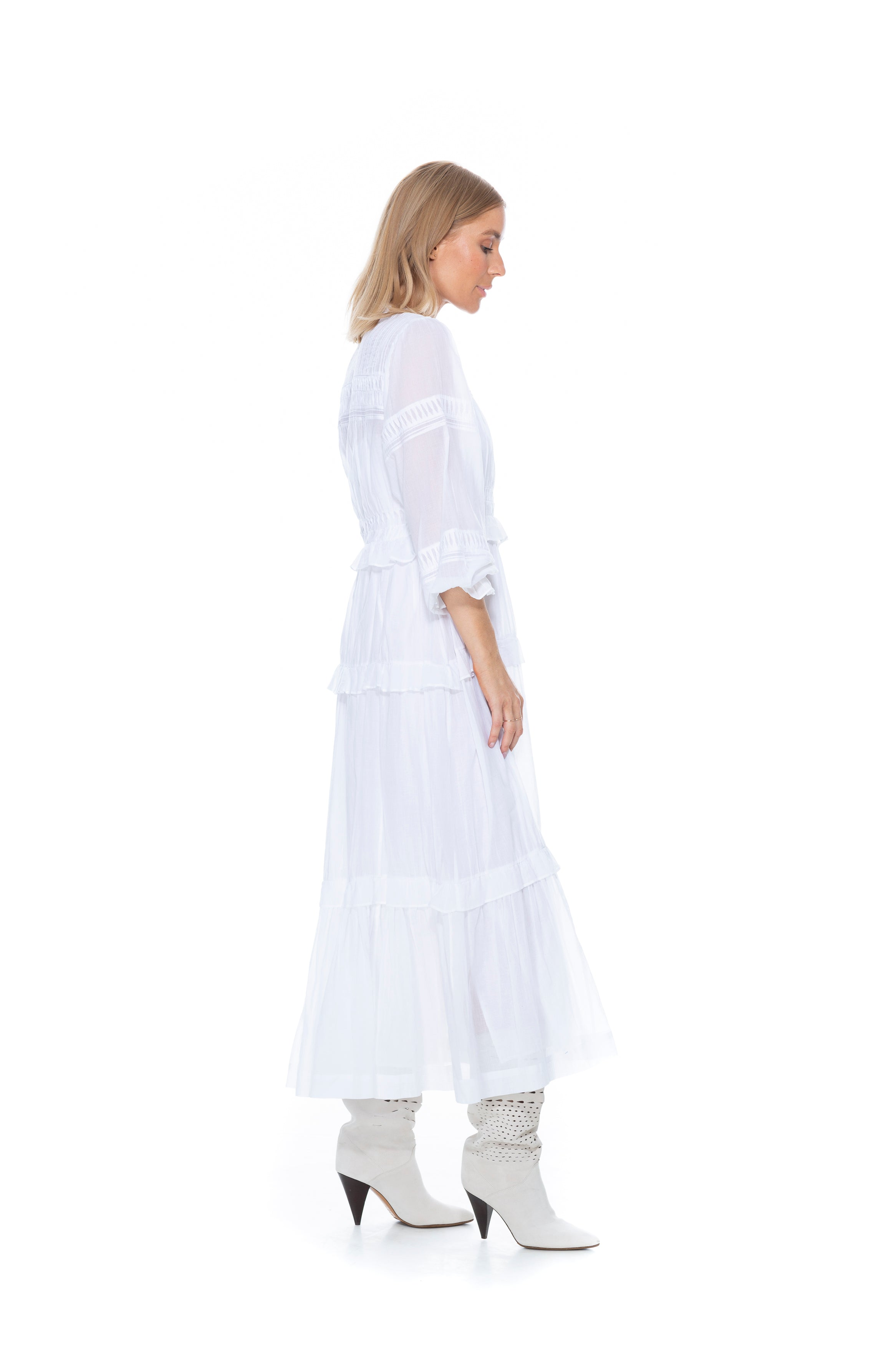 LIKOYA DRESS WHITE