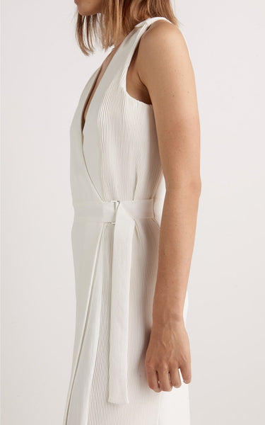 CORRUGATED PLEAT DRESS WHITE