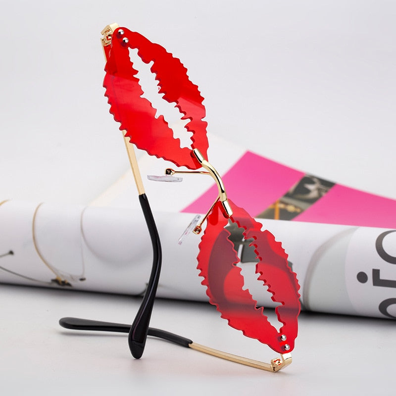 Lip Sunglasses (5 Colors)