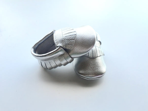 Baby Moccasins - Silver Leather with Fringe