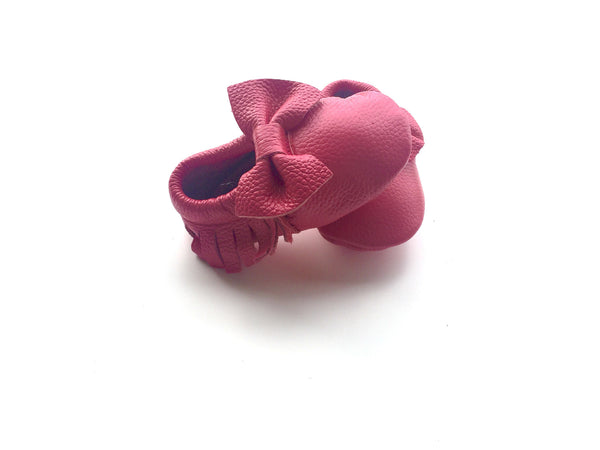 READY TO SHIP Baby Moccasins - Hot Pink Leather with Bow