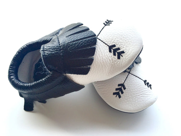 Baby Moccasins - Black and White Arrow Leather