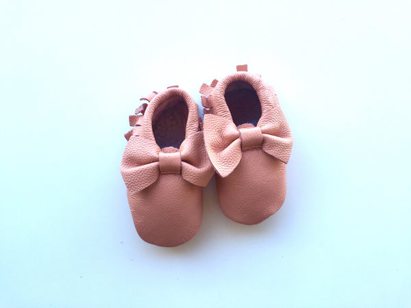 Baby Moccasins - Pink/Peach Leather with Bow