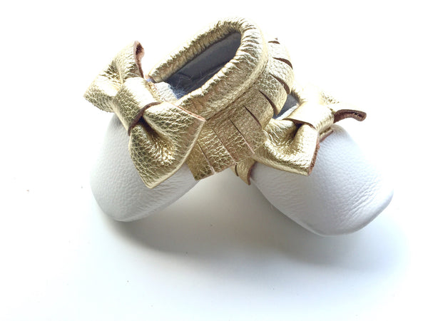 Baby Moccasins - White and Gold Leather with Bow