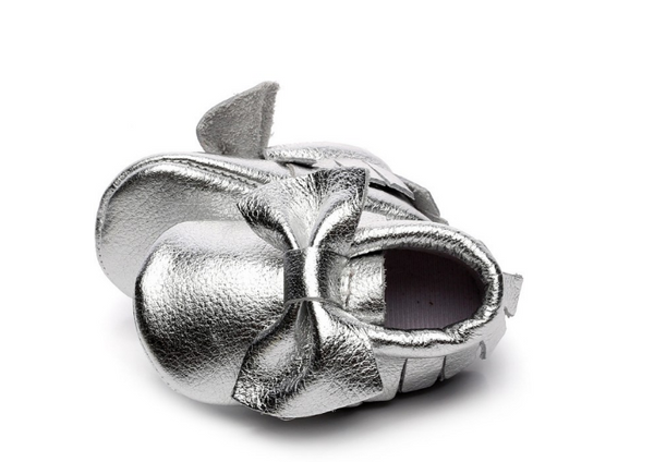 Baby Moccasins - Silver Leather with Bow